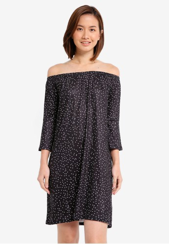ZALORA black and multi Essential Loose Off Shoulder Dress With Flared Sleeve 3F598AA0E9A096GS_1
