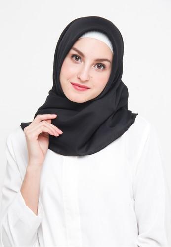 Diindri Hijab black Hijab Segi Empat Voile Plain - Absolute Black 0DBDAAAD3C7FBEGS_1