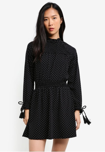 TOPSHOP black Spot Shirred Waist Dress TO412AA0RZEJMY_1