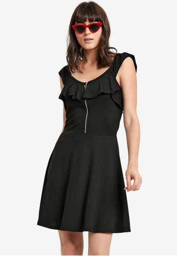 LC Waikiki black Ruffle Detail Flared Dress FE7DDAA813BB87GS_1