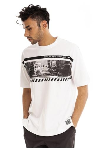 RYZ white RYZ Photo Graphic White Short Sleeve T-Shirt. 587CFAAE73444BGS_1