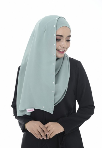 Dreamyza green Hana Crystal Beads Long Shawl in Mint FB301AA4009623GS_1