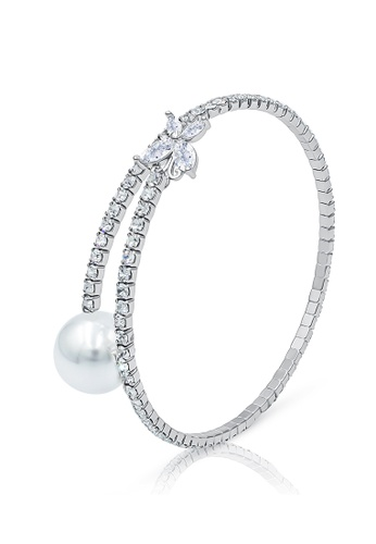 SO SEOUL silver Everleigh Butterfly Diamond Simulant with White Pearl Open Bangle E566EAC0EF1394GS_1