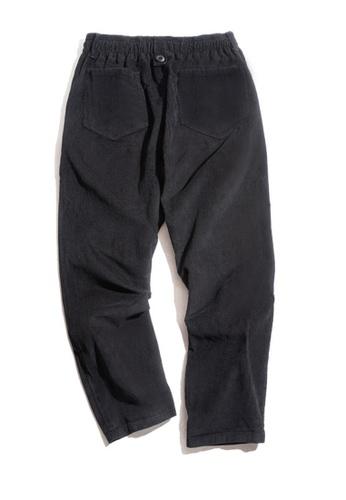 Twenty Eight Shoes 黑色 VANSA  復古純色燈芯絨長褲  VCM-P2007047 1803DAADFC6566GS_1
