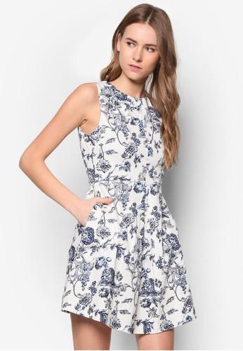 碎花褶zalora taiwan 時尚購物網飾傘擺洋裝, 服飾, 洋裝