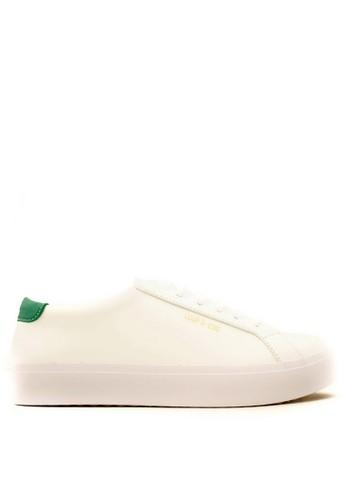CDE white CDE Ceremonial Men Sneaker White/Green (Zalora Sepatu Pria Sneakers Putih/Hijau) 0C3BDSHBEA0A37GS_1