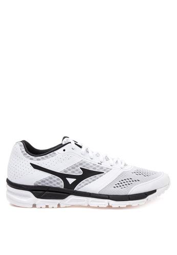 Mizuno white Synchro MX Running Shoes MI197SH49CLYPH_1