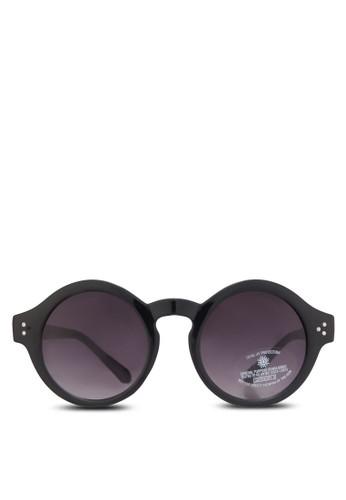 粗圓框太陽眼鏡, 飾品配zalora時尚購物網的koumi koumi件, 鞋