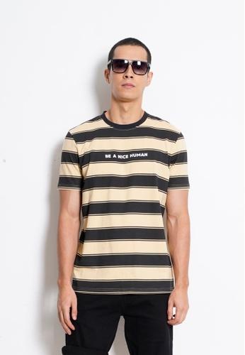 Hi Style Graphic Short Sleeve T-Shirt F7E7CAA6A4ECFDGS_1