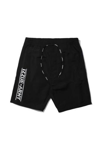 izzue black Army logo print shorts 1FC7DAA039AF9AGS_1