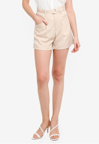 Hopeshow beige High Waist Folded Cuff Shorts with D-ring Belt 8C1A8AA7848BCEGS_1