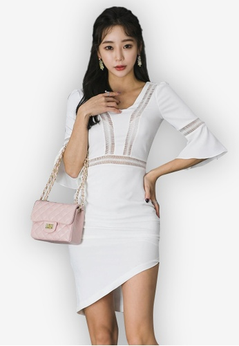 Sunnydaysweety white 2018 New White Flare Sleeve One Piece Dress 83363AAC738527GS_1