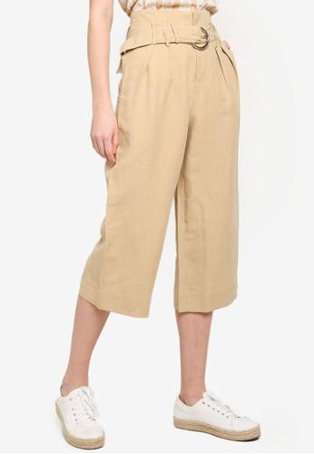Hopeshow beige Knee Length Trousers With O-ring Belt 9FB49AAA54C1B8GS_1