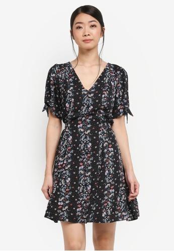 Miss Selfridge black Mix Print Tie Sleeve Tea Dress 0BFBAAAEC6CBE2GS_1
