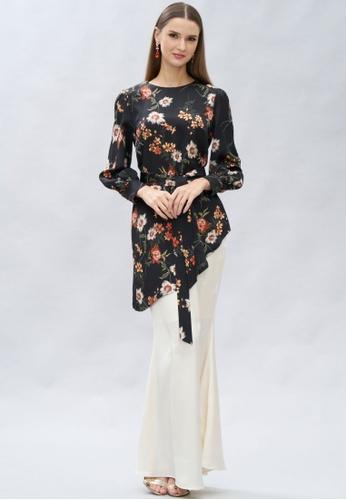 Loveaisyah multi Modern Floral Black Orange Baju Kurung 404D5AA63D64C7GS_1