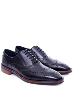 d84b2a3149f6 Zeve Shoes Zeve Shoes Oxford Brogue Wingtip - Black Leather Lace Up RM  429.00. Available in several sizes