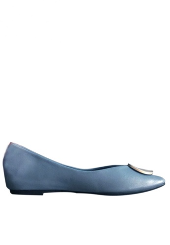 Twenty Eight Shoes 藍色 莫蘭迪金屬扣平底鞋 CD5-2 5436CSHD608E8FGS_1