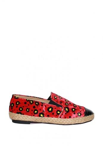 M&G red Danielle Espadrilles by M&G B9A7ASHF612542GS_1