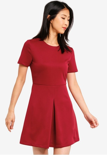 ZALORA BASICS red Basic Short Sleeves Pleat Details Dress F3835AA1553437GS_1