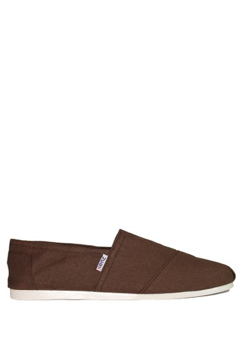 Kenz brown Kenz Sloppy - Cokelat KE298SH62GKBID_1