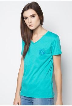 V-neck Shirt with No Feel Print