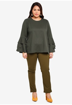 15% OFF Gene Martino Plus Size Layer Top RM 79.00 NOW RM 67.20 Sizes XXL 00ac96702
