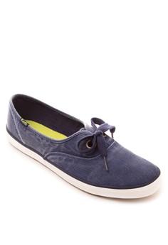 Breeze Sneakers
