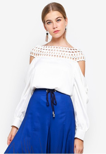 BYSI white Cold Shoulder Cage Top 279EAAAC4057FCGS_1