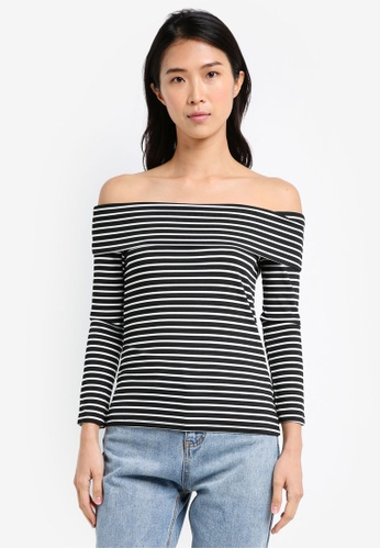 ZALORA black and multi Essential Long Sleeve Off Shoulder Top BA2AAAA5B996AAGS_1