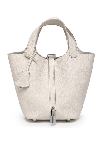 Twenty Eight Shoes white VANSA Simple Leather Bucket Hand Bag VBW-Hb928700L 3C84DAC442157AGS_1