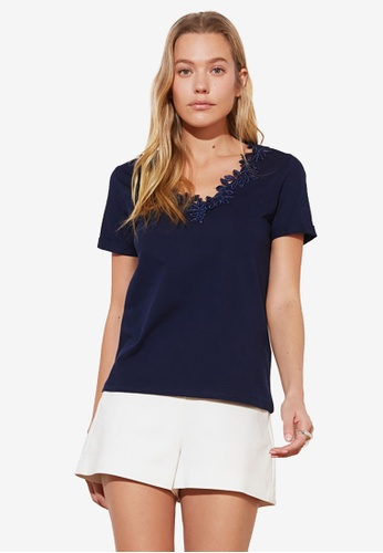 Trendyol navy Embroidered Collar Top A03A0AAF673414GS_1