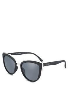 Quay Australia black My Girl Sunglasses QU661GL0RLVWMY 1 7d76ebb7bd