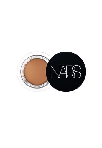 NARS beige Amande – SOFT MATTE COMPLETE CONCEALER. 0113EBEC19DA0AGS_1