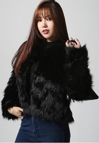 韓風時裝  韓風時裝  小米皮草短外zalora 包包評價套 G1049, 服飾, 外套