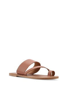 474568c32f46 TOPSHOP Honey Tan Flat Sandals S  49.90. Sizes 36 37 38 39