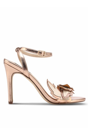 ZALORA gold Classy Leaf Heels 315DESH1254AE3GS_1