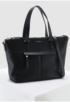 c8dba741b 40% OFF Fiorelli Chelsea Large Casual Grain Grab Bag RM 349.00 NOW RM  209.52 Sizes One Size