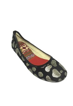 Gold-Spotted Flats