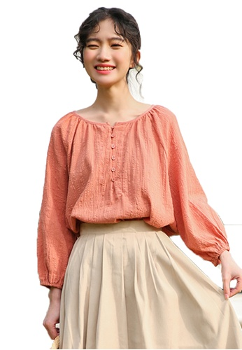 Shopsfashion orange Textured Loose Fit Blouse in Peach BA889AA0BC1F25GS_1
