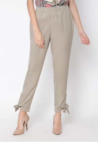 Bien beige tangles and bow tie cigarette pants BI084AA0VO4LID_1
