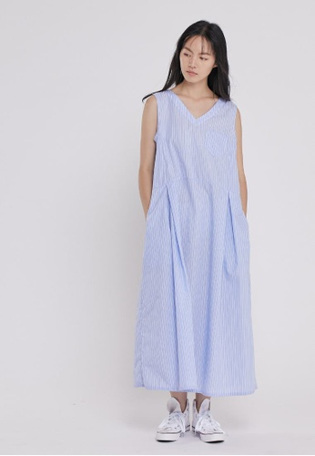 so that's me blue Holly V neck Sleeveless Tank Long Dress with Pockets Blue Stirpe 85637AA1B2F050GS_1
