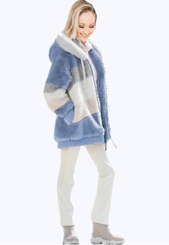 Twenty Eight Shoes blue VANSA Colorblock Plush Coat  VCW-C202101 81648AA9BE6821GS_1
