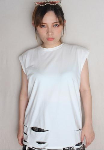 Amora Scarlett white Harimau Plain Oversized Ripped T-Shirt White 24B99AA0809489GS_1