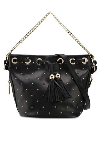 Nose black Gold Studded With Fringe Shoulder Bag 3D65DACF42E2D2GS_1