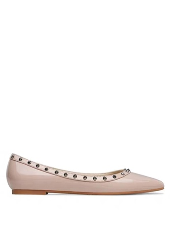 Twenty Eight Shoes Pointed Rivets Flat Shoes DJP02-q 80C92SH7DA47F9GS_1