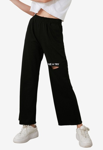 Trendyol black Embroidered Lettering Sweatpants E5E69AA4CDC8BEGS_1