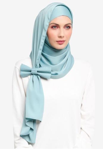 Ilham Echenta for ZALORA blue Ribbon Aulia Satin Hijab IL554AA0SY2MMY_1