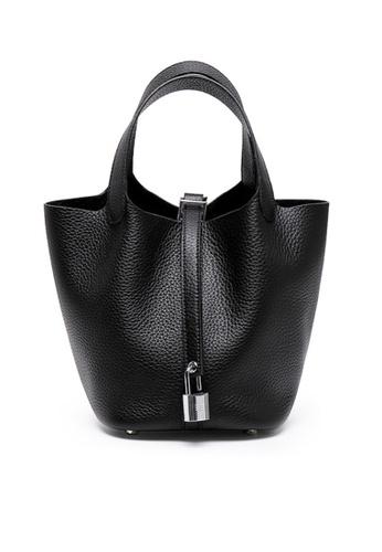 Twenty Eight Shoes black VANSA Simple Leather Bucket Hand Bag VBW-Hb928700L 3DD04AC8B67779GS_1