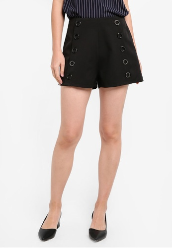 ZALORA black Metal Ring Detail Shorts 7D5ABAA61F4FABGS_1