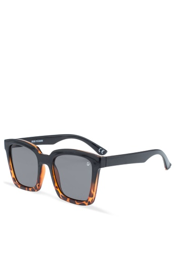 Dusk To Dawn black Paparazzi Sunglasses D0EADGL6A73C9FGS_1